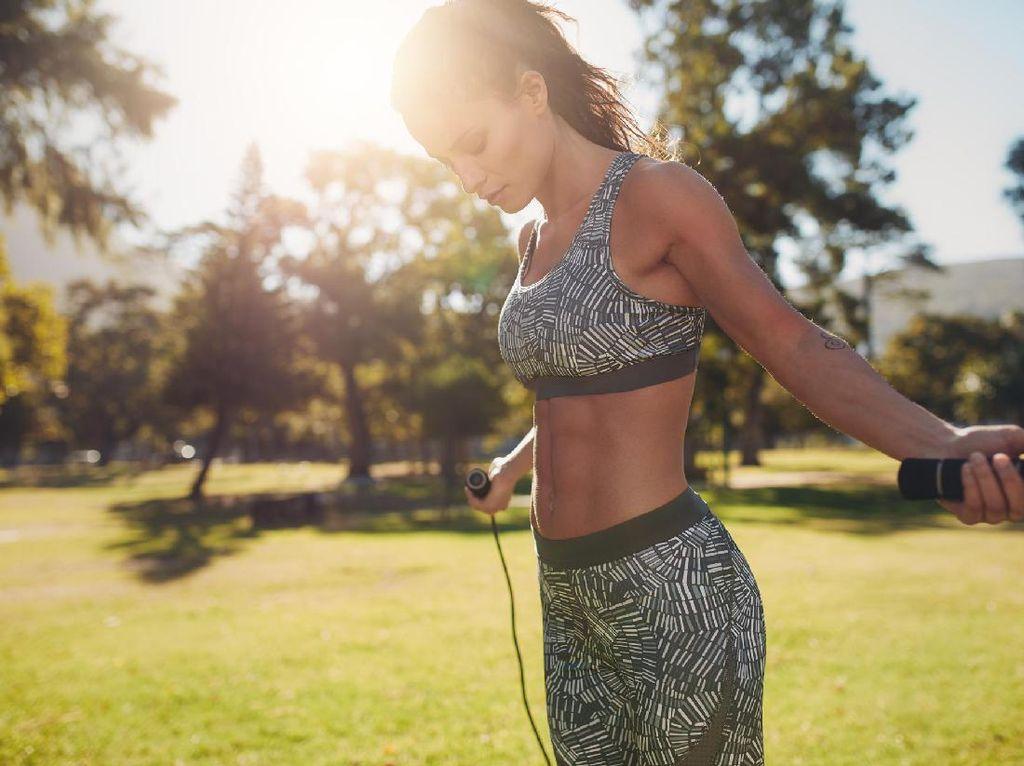 Tampak Sepele, Skipping Efektif Turunkan Berat Badan