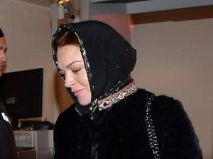 Lindsay Lohan Kerjasama dengan Desainer Hijab Rilis Busana <i>Modest Wear</i>?