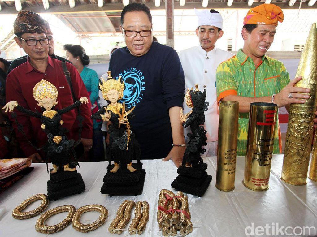 Menkop Hadiri Acara Lompatan Budaya Wastra Kamasan di Bali
