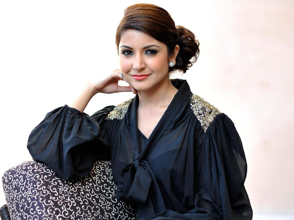 Anushka Sharma Ternyata Dibuat Kaku Shah Rukh Khan