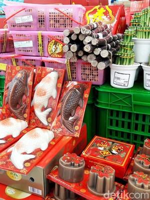 Transmart Carrefour Tebar Hoki di Tahun Ayam Api