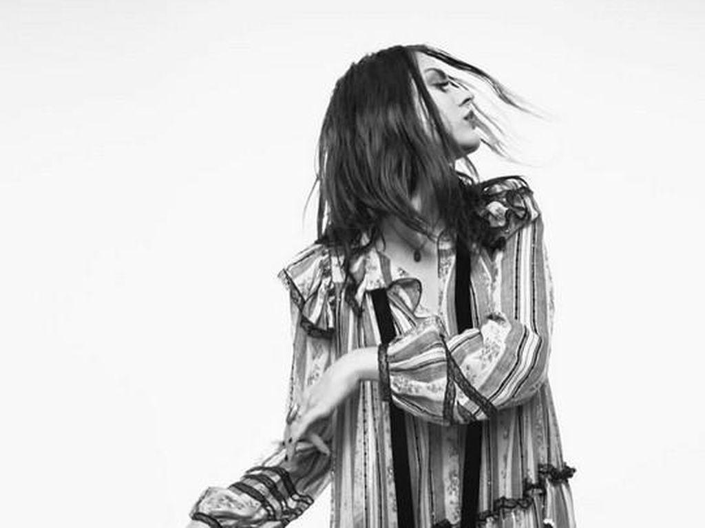 Gaya Eksentrik Anak Kurt Cobain Jadi Model Terbaru Marc Jacobs