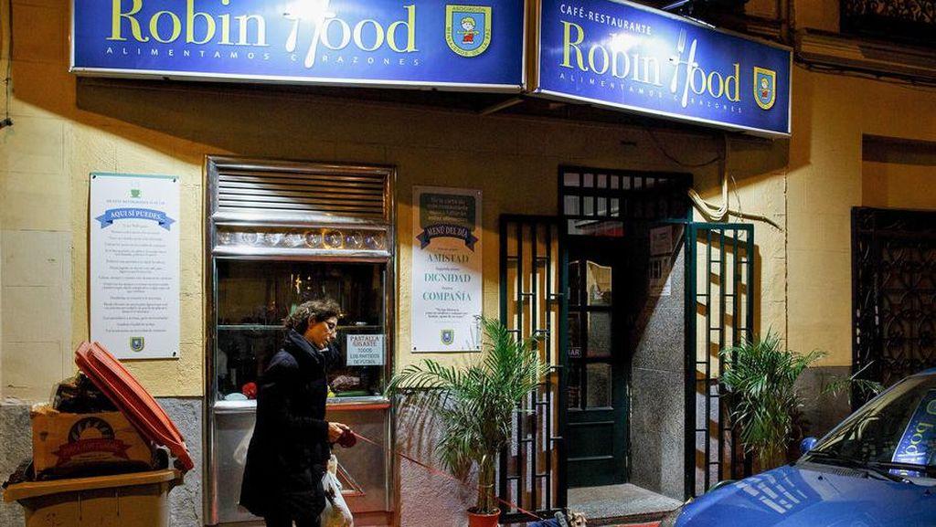 Pengunjung Bayar Ekstra di Restoran Ini untuk Memberi Makan Tunawisma