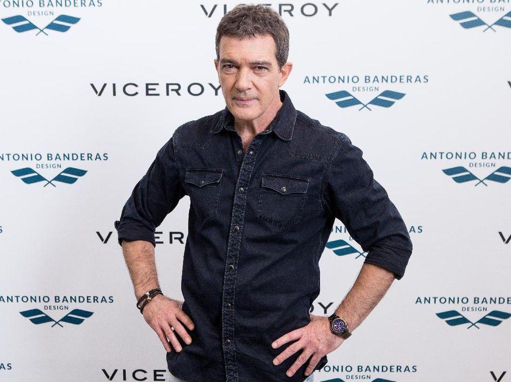 Aktor Antonio Banderas Positf Covid-19