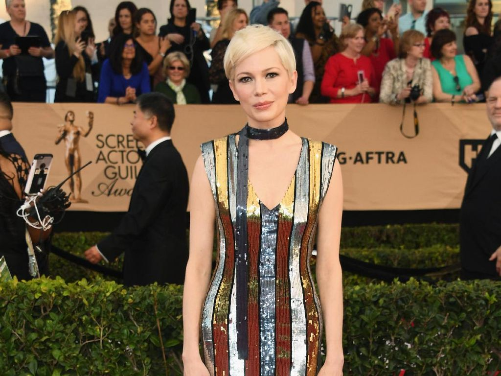 Sedikit Kisah Michelle Williams, Penyihir di Hollywood