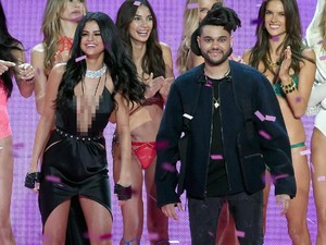 Ponsel Diretas, Video Seks Selena Gomez Bocor?
