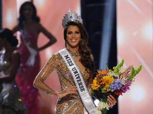 Foto: Kecantikan Miss Universe 2016 Iris Mittenaere, Si Calon Dokter Gigi