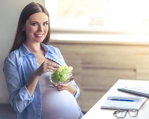 Ibu Kurang Gizi Saat Hamil Sebabkan Anak Hipertensi dan Kurang Cerdas