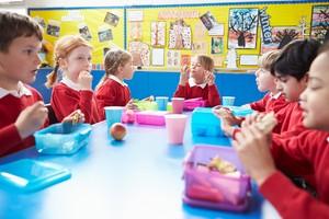 Cegah Obesitas Anak, Ini Aturan Pemberian Gorengan dari Ahli Gizi