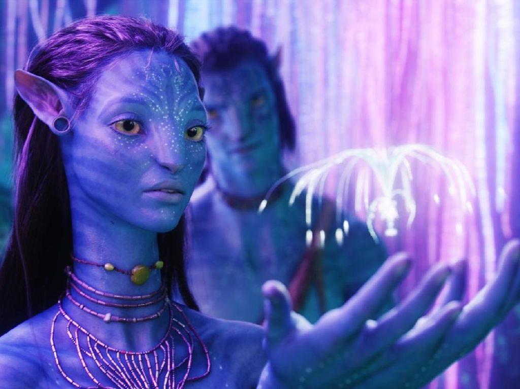 Keistimewaan Zoe Saldana di Antara Endgame dan Avatar
