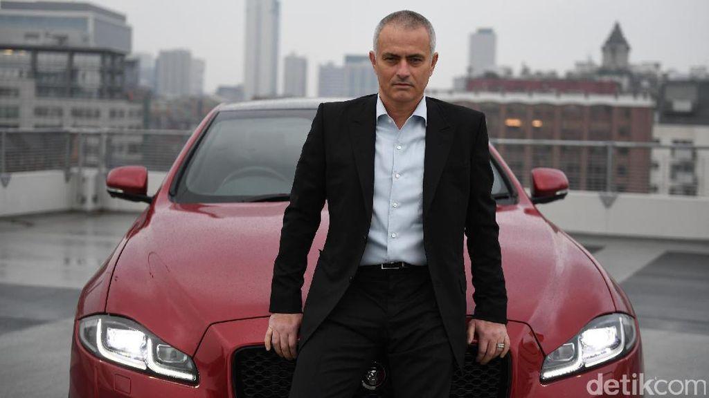 Jose Mourinho Cinta Sedan Mewah Ini