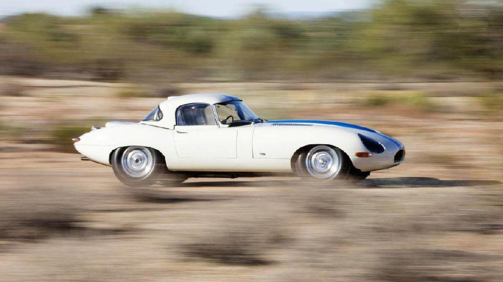 Jaguar E-Type Ini Tembus Rp 98 Miliaran