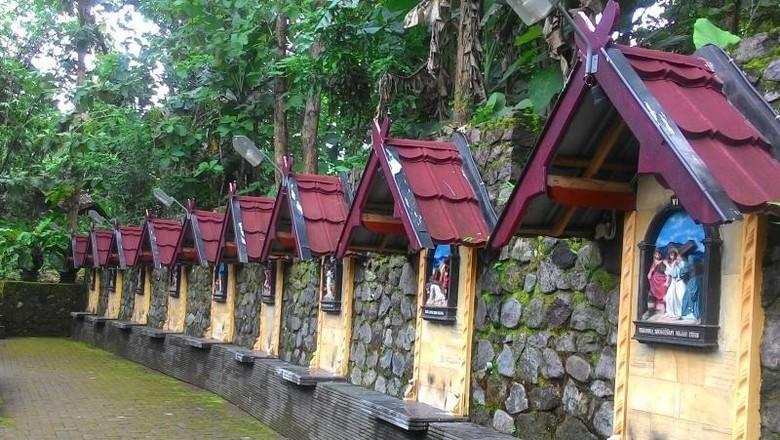 Syahdu Dan Fotogenik, Ini Wisata Religi Di Gua Maria Yogyakarta