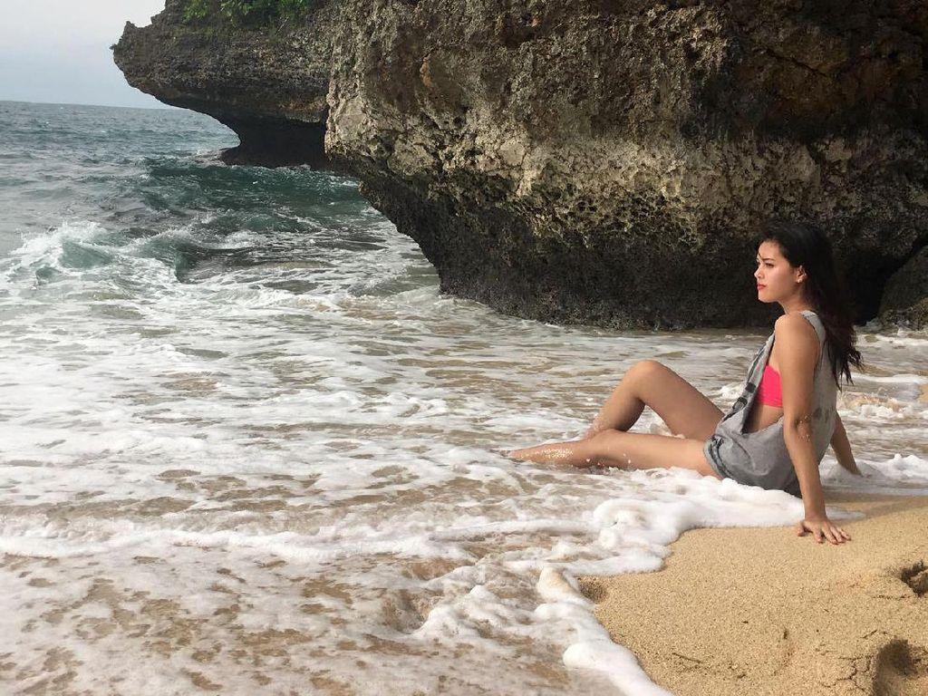 Intip Rebecca Tamara saat Liburan di Bali