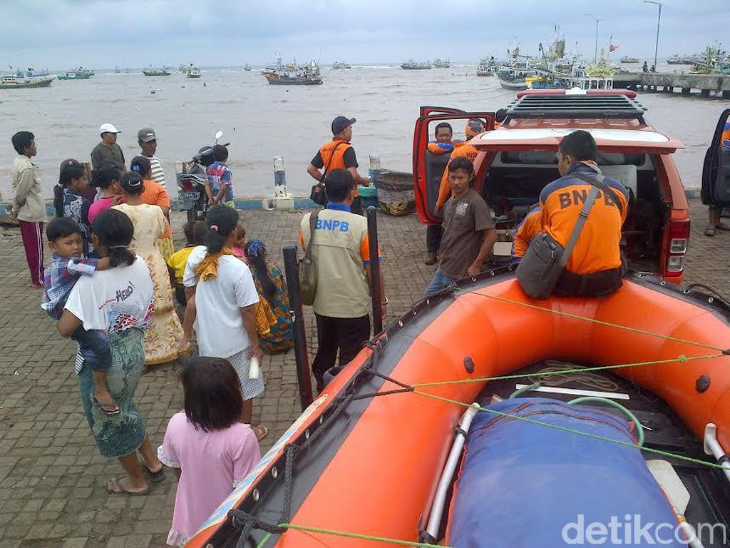 Kapal Motor Tenggelam, Satu ABK Hilang dan 14 Selamat