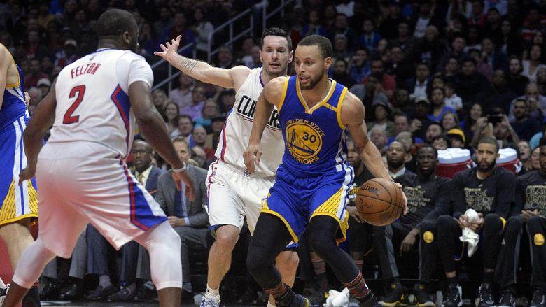 Warriors Kalahkan Clippers untuk Perpanjang Rentetan Kemenangan