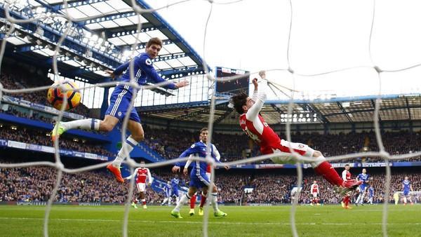 Wenger Sebut Gol Pertama Chelsea 100% <i>Foul</i>