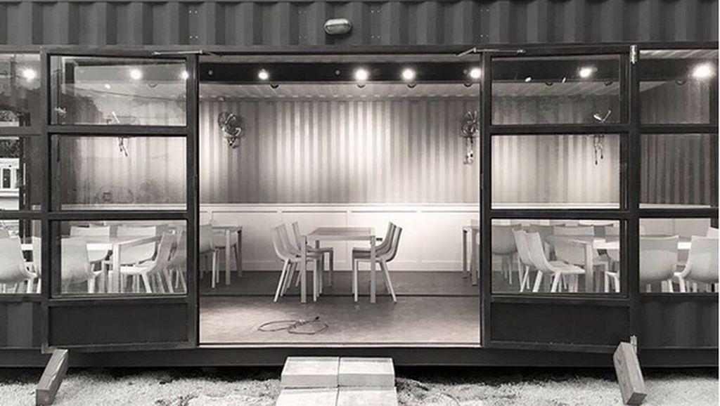 Berkonsep Ramah Lingkungan, Restoran Ini Pakai Kontainer Bekas dan Hasil Kebun