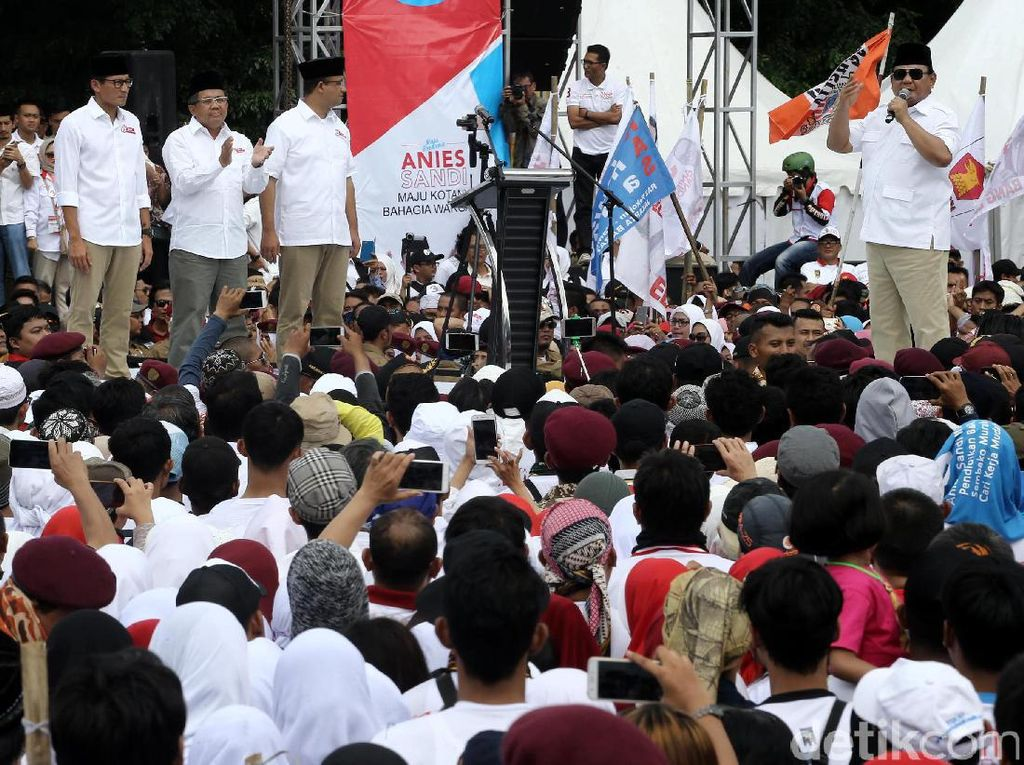 Prabowo Hadiri Kampanye Akbar Anies-Sandi