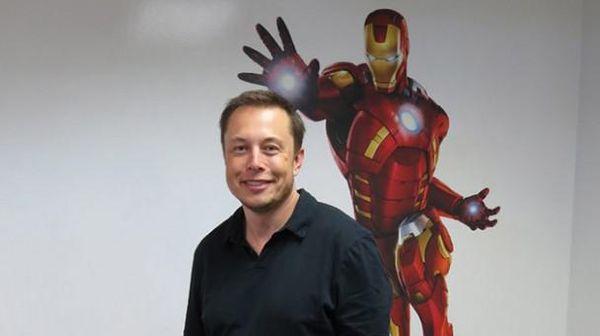 'Iron Man' Ingin Hubungkan Otak Manusia ke Komputer
