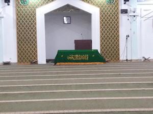 Mantan Sekjen PKS Taufik Ridho Dimakamkan di Karawang