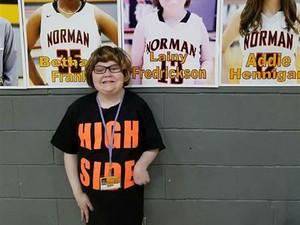 Viral, Aksi Anak Difabel <i>Nge-Shoot</i> di Pertandingan Basket