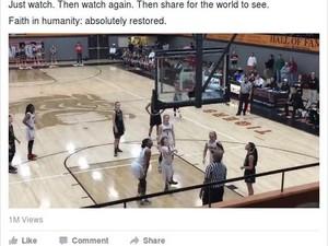 Viral, Saat Murid dengan Kelainan Genetik Masukkan Bola Basket ke Ring