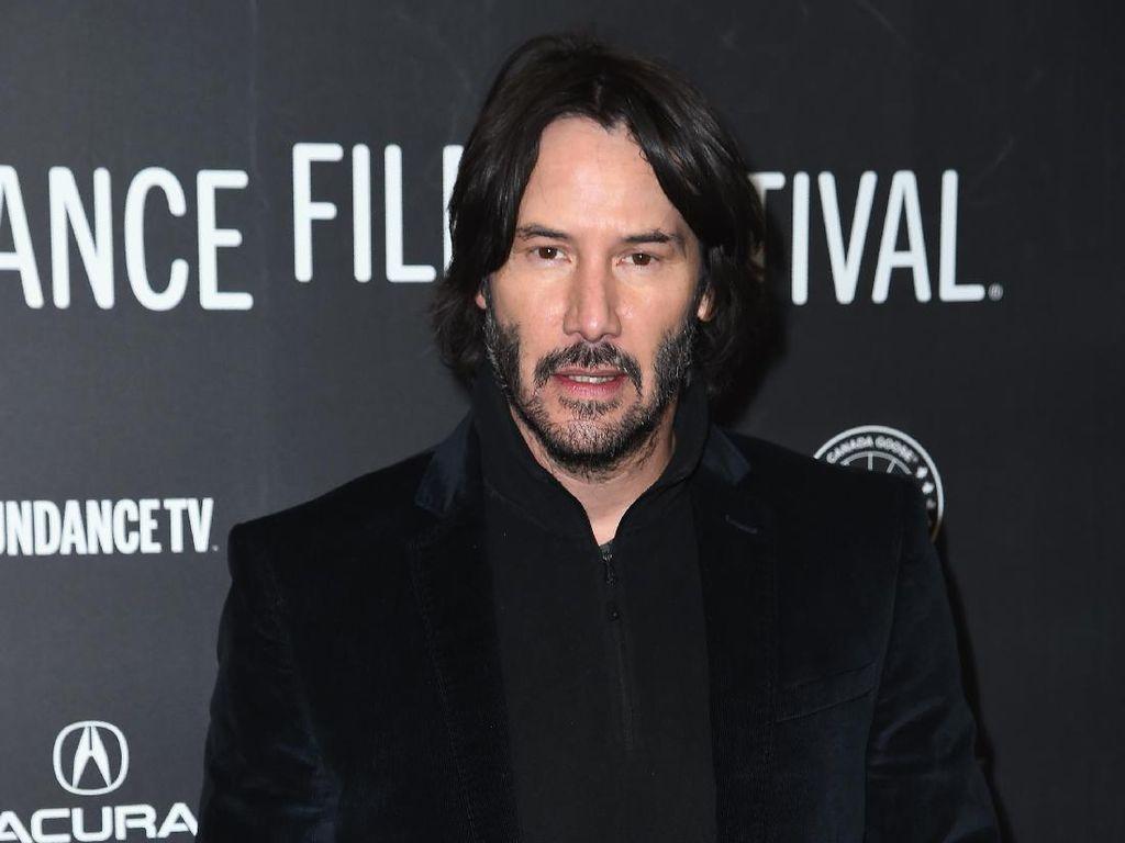 Daftar Kebaikan Keanu Reeves, Aktor yang Bantu Penumpang Pesawat ke LA