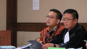 Hakim Ada Agenda Lain, Sidang AKBP Brotoseno Ditunda