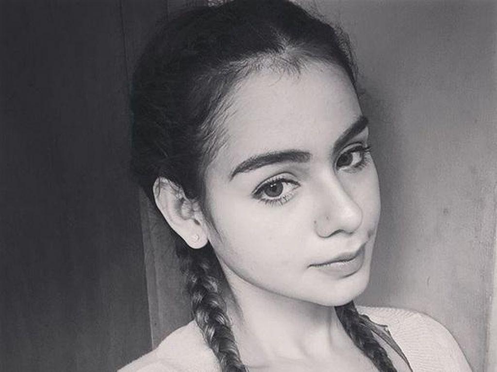 Kisah Cinta Sahila Hisyam yang Dilamar Vicky Prasetyo
