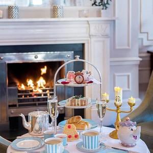 <i/>Afternoon Tea</i> Cantik dengan Tema Beauty and the Beast Bisa Dinikmati di Kensington Hotel