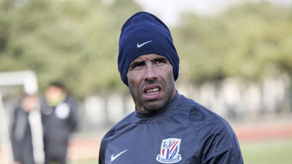 Terkait Komentar soal Sepakbola China, Tevez Dibela Klubnya