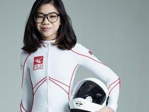 Gadis 14 Tahun Asal Singapura Dinobatkan Jadi Skydiver Tercepat