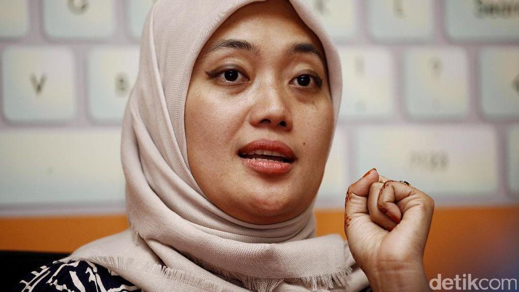 Cerita Cinta Bupati Lampung Timur Chusnunia pada Double Cabin