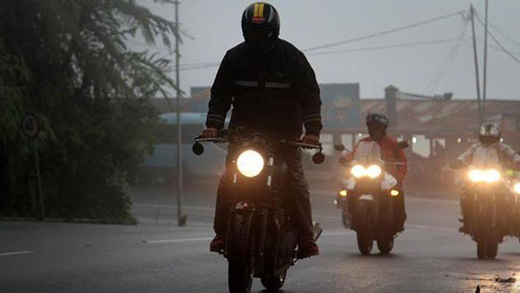 Jelajah Jawa Barat ala Triumph