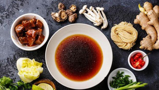 Miso mengandung kuman baik yang daoat membantu lawan pertumbuhan kuman jahat.