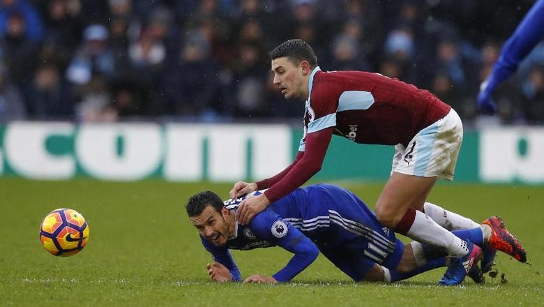 Chelsea Diredam Burnley 1-1
