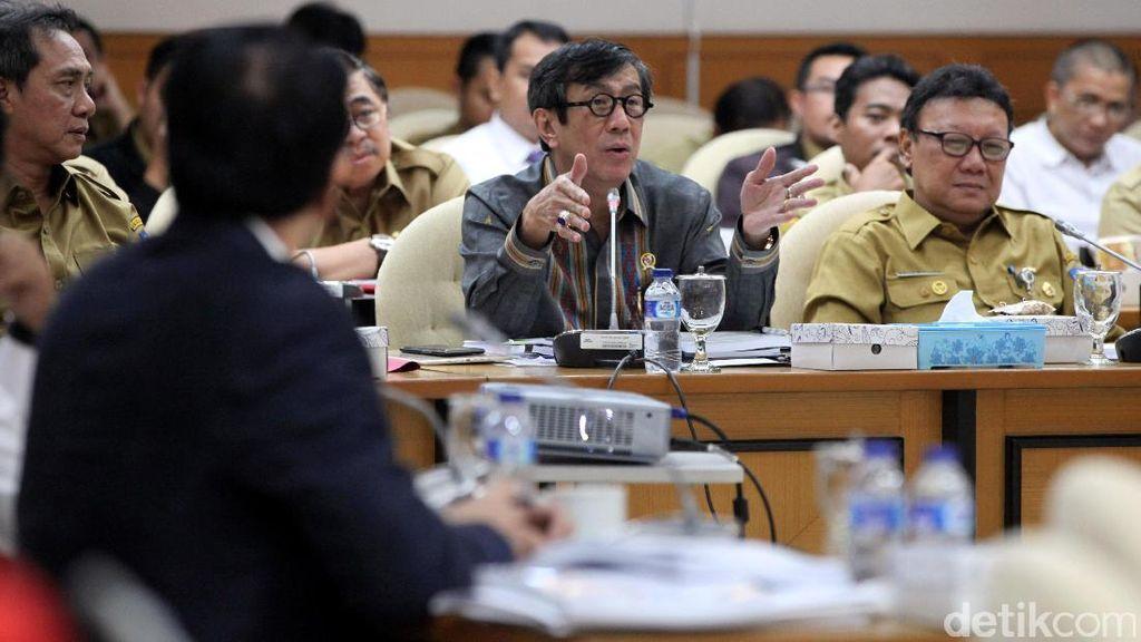 Mendagri Rapat dengan Pansus RUU Penyelenggaraan Pemilu