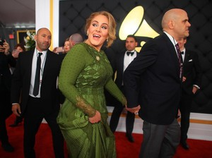 Adele Dominasi Piala Grammy, Aura Kasih Move On dari Glenn Fredly?