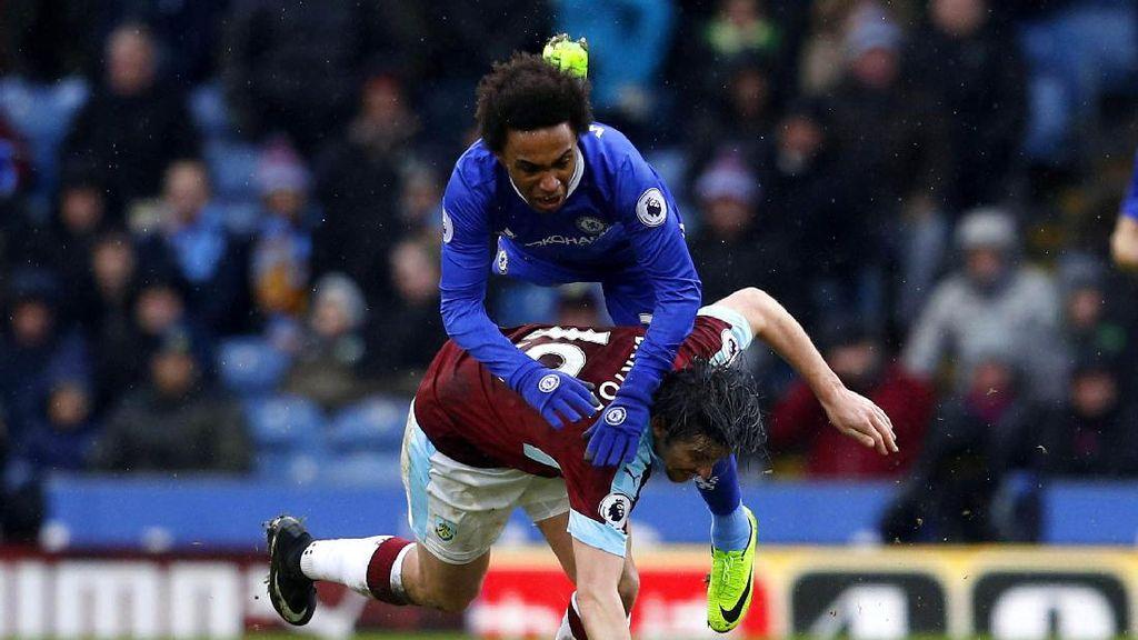 Chelsea Diimbangi Burnley 1-1