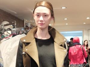 Berhijab Buat Model Cantik Berdarah Korea Ini Merasa Jadi Wanita Tangguh