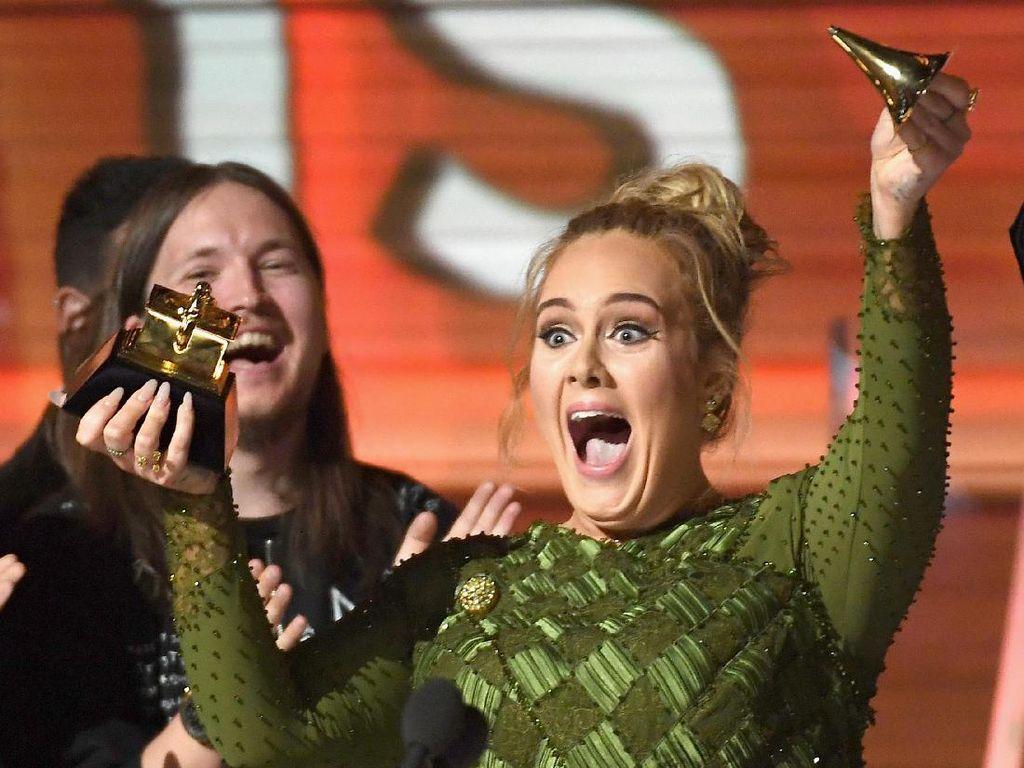 10 Momen Paling Mencuri Perhatian di Grammy Awards 2017
