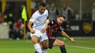 Sayap Kanan Lazio akan Menjadi Hantu Bagi AC Milan