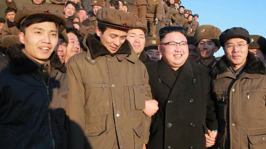 Sukses Uji Coba Rudal Balistik, Kim Jong Un Semringah Banget