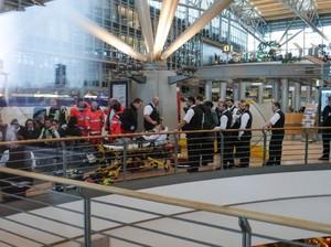 Ada Bau Menyengat, Bandara Hamburg Sempat Ditutup