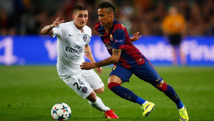 Neymar, saat masih berseragam Barcelona, menghadapi Paris Saint-Germain di Liga Champions musim 2016/2017. (Foto: Clive Rose/Getty Images)