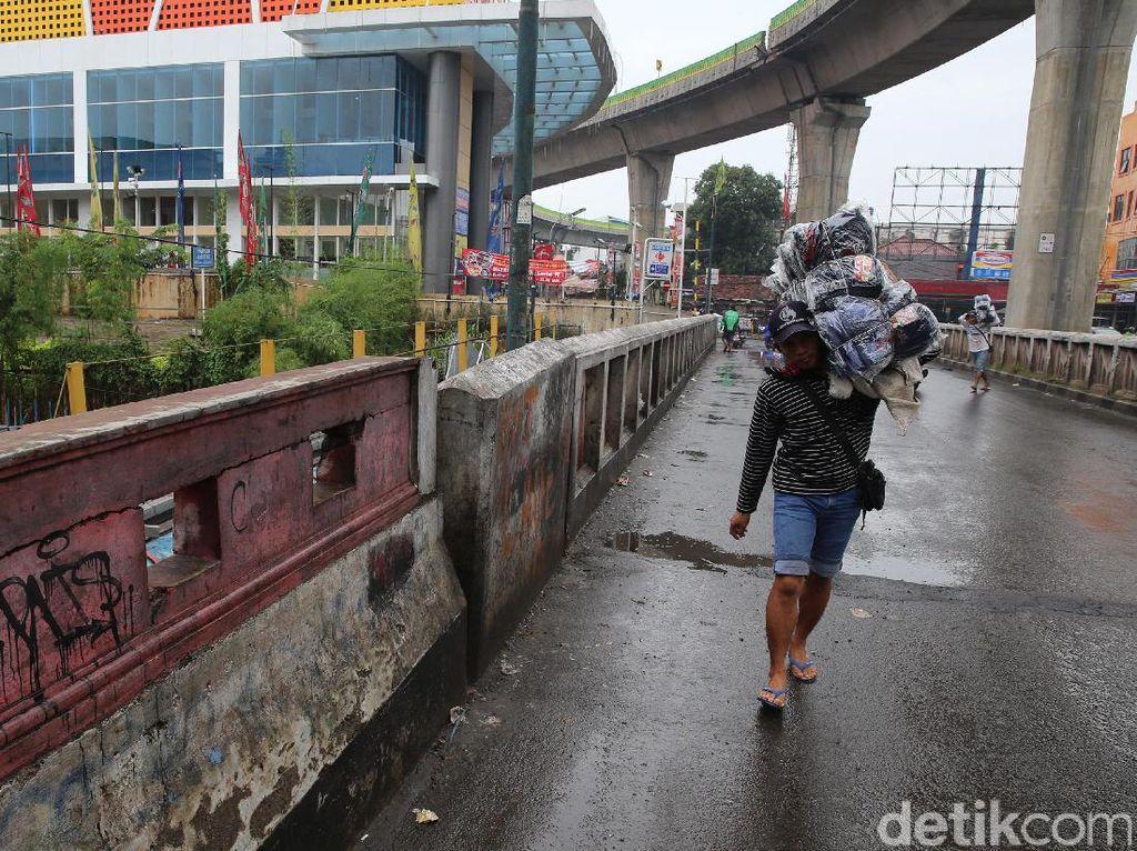 Viral Pasar Cipulir Ramai saat PSBB, Walkot Jaksel: Hari ini Sudah Sepi