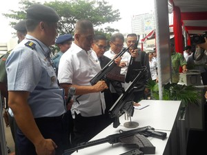 Terima 15 Senjata Karya Indonesia, Menhan: Nanti Bikin Jet Tempur