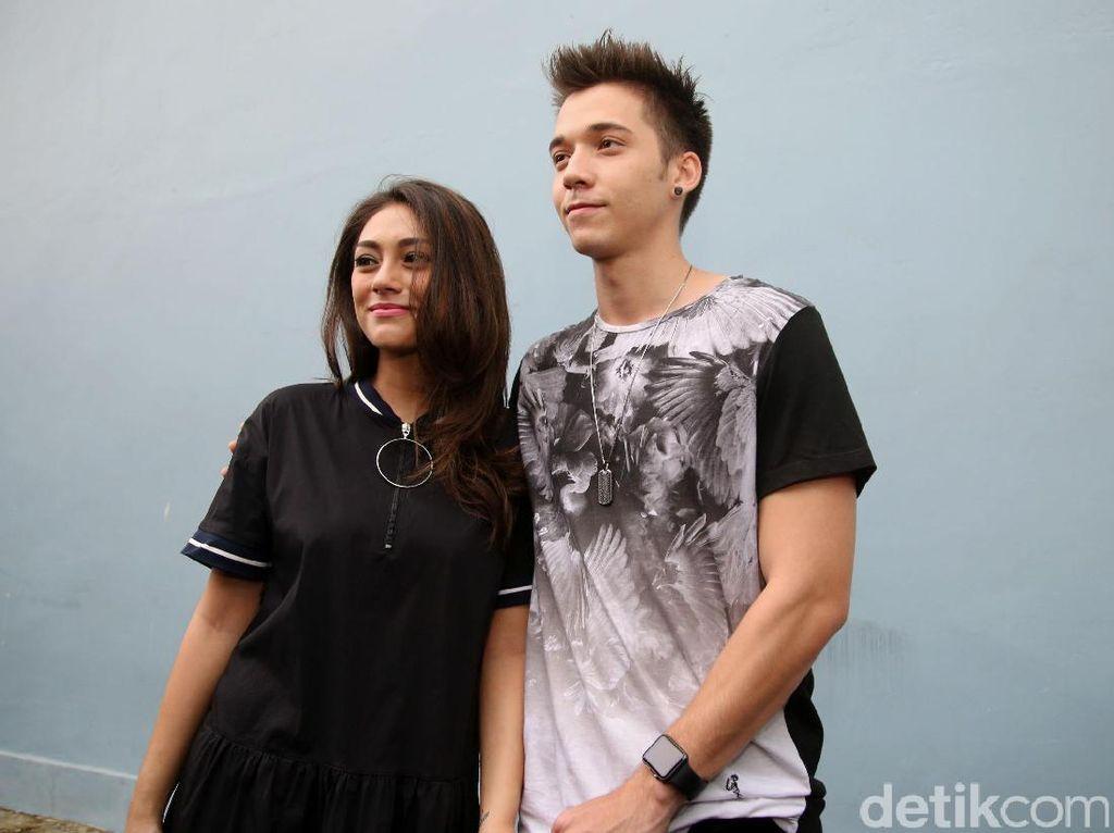 Stefan William Mesra Lagi dengan Natasha Wilona, Celine Evangelista Dipuji