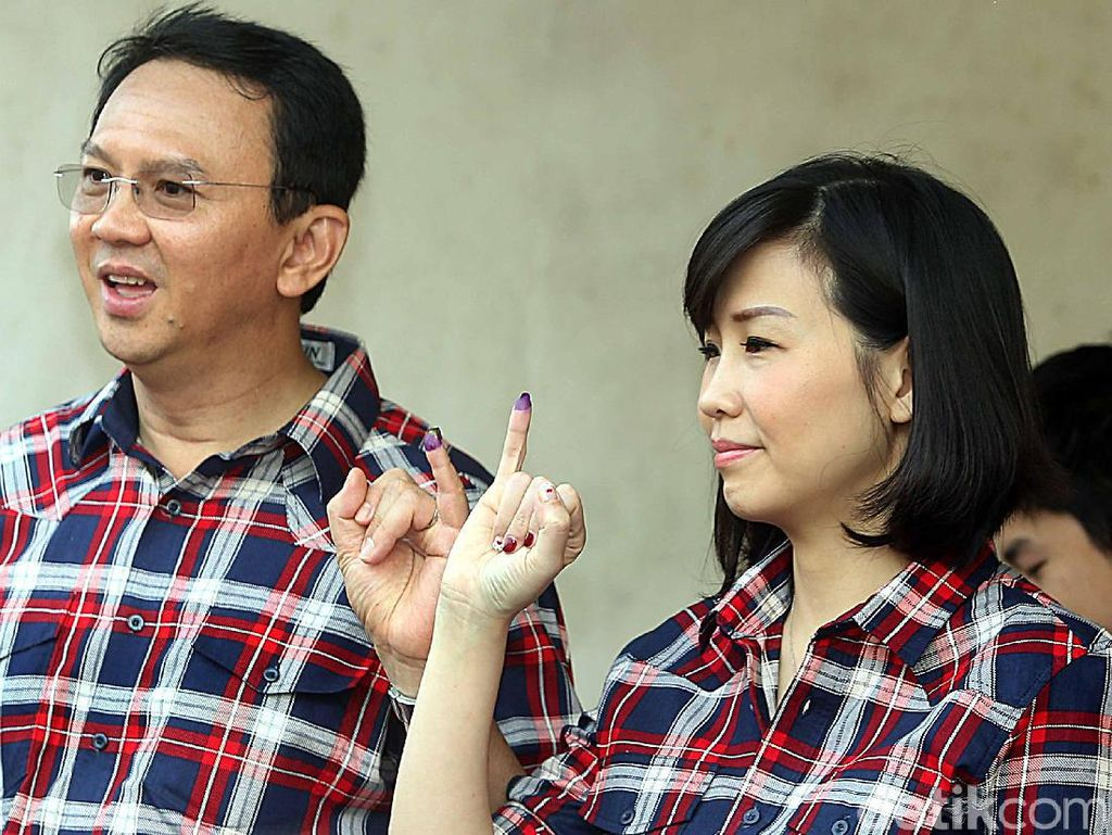 Di Depan Ahok, Vero Video Call dengan Good Friend di Mako Brimob